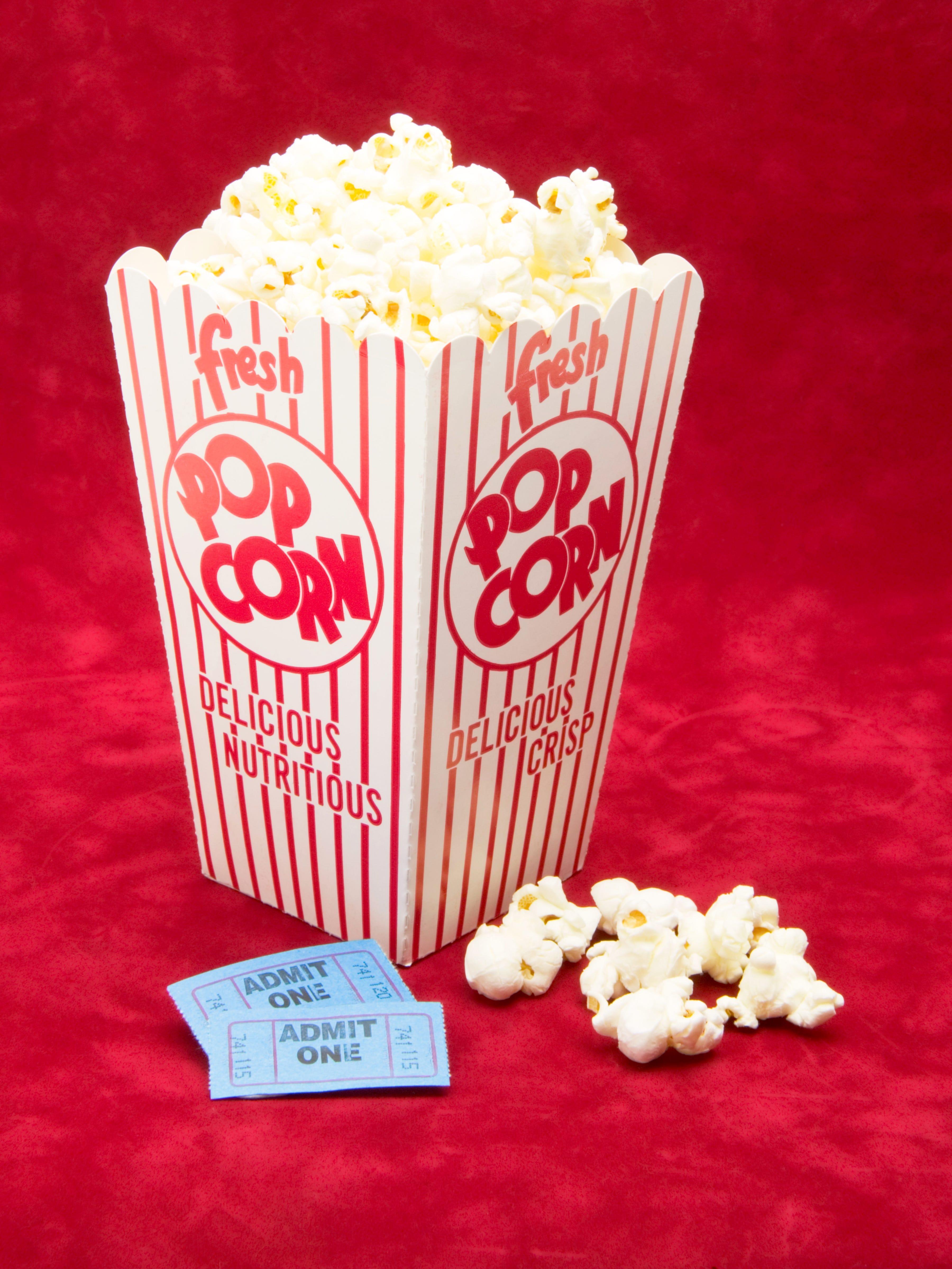 MoviePass vs Sinemia — Advance Tickets, 3D, Memberships