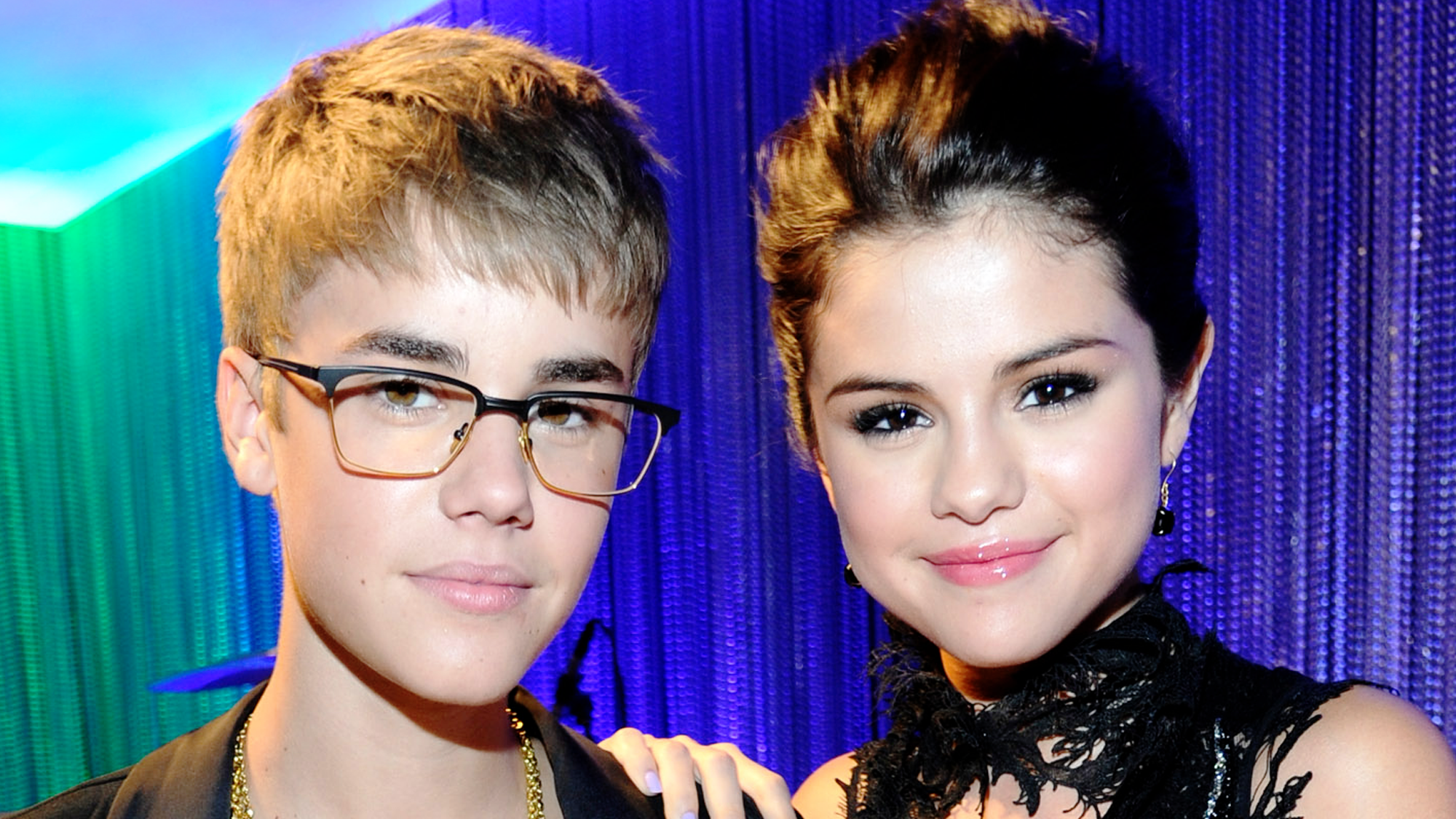Justin bieber and selena gomez song cant steal our love