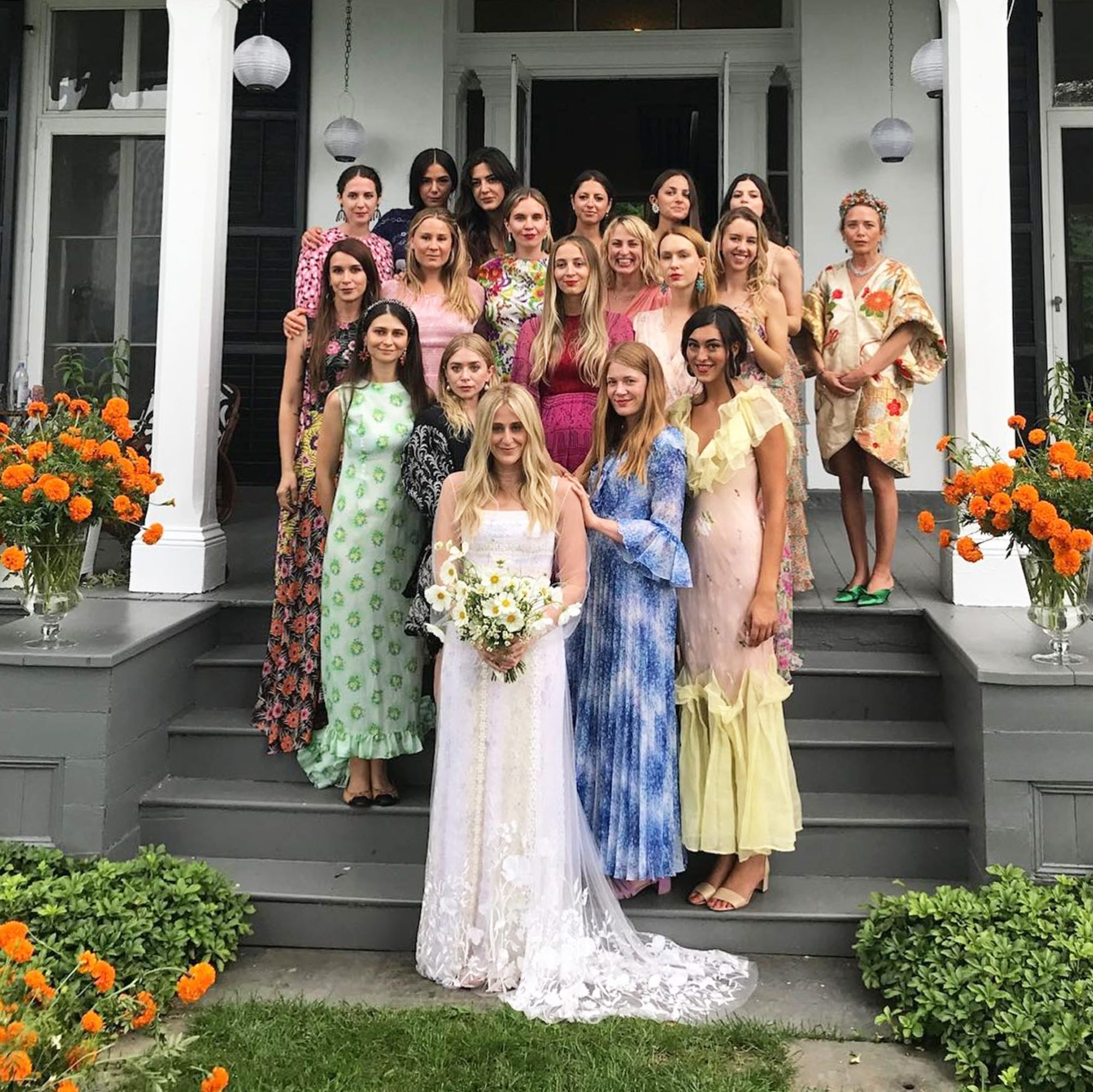 918f2ba5b41 What To Wear To A Wedding