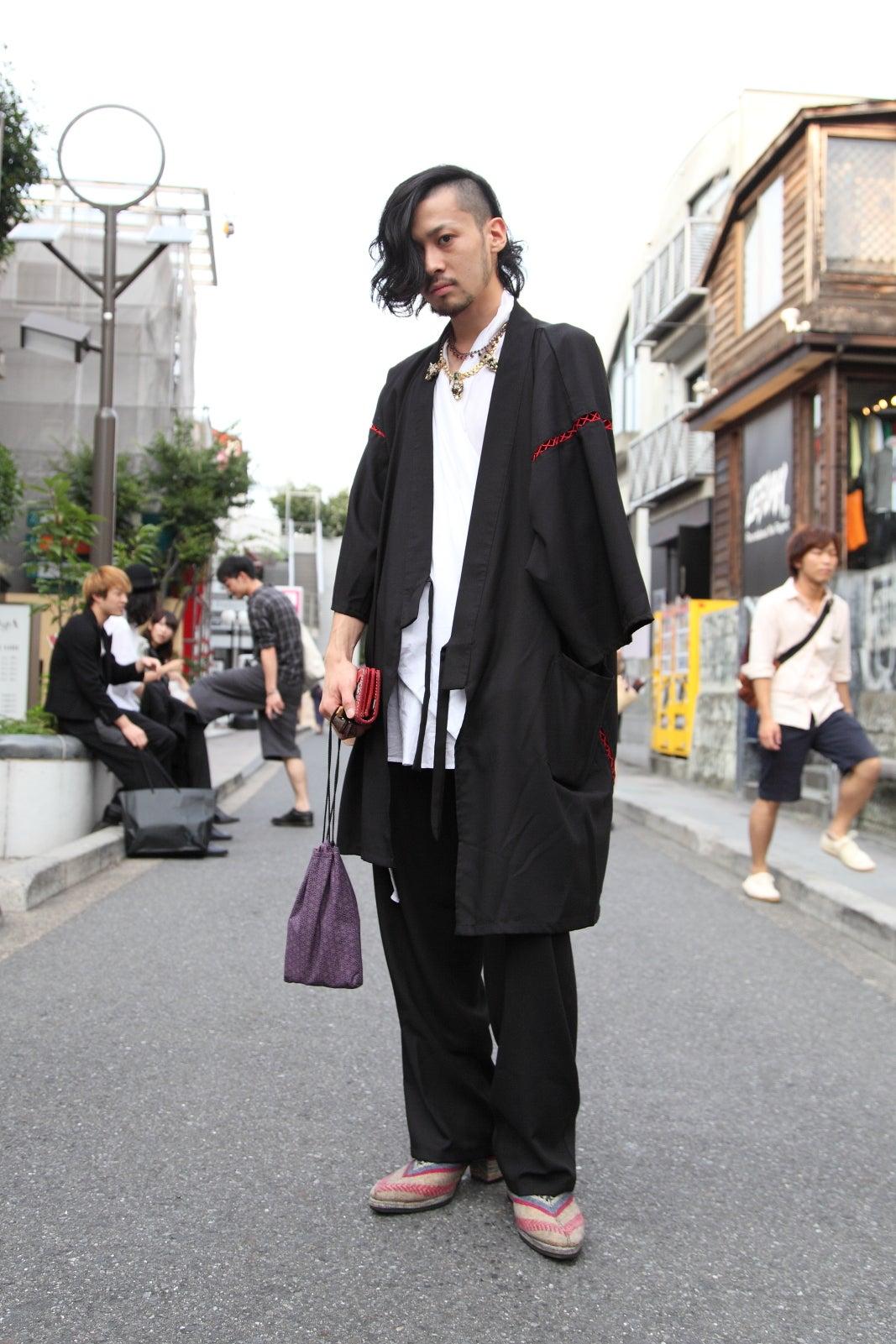 Tokyo street fashion store 100