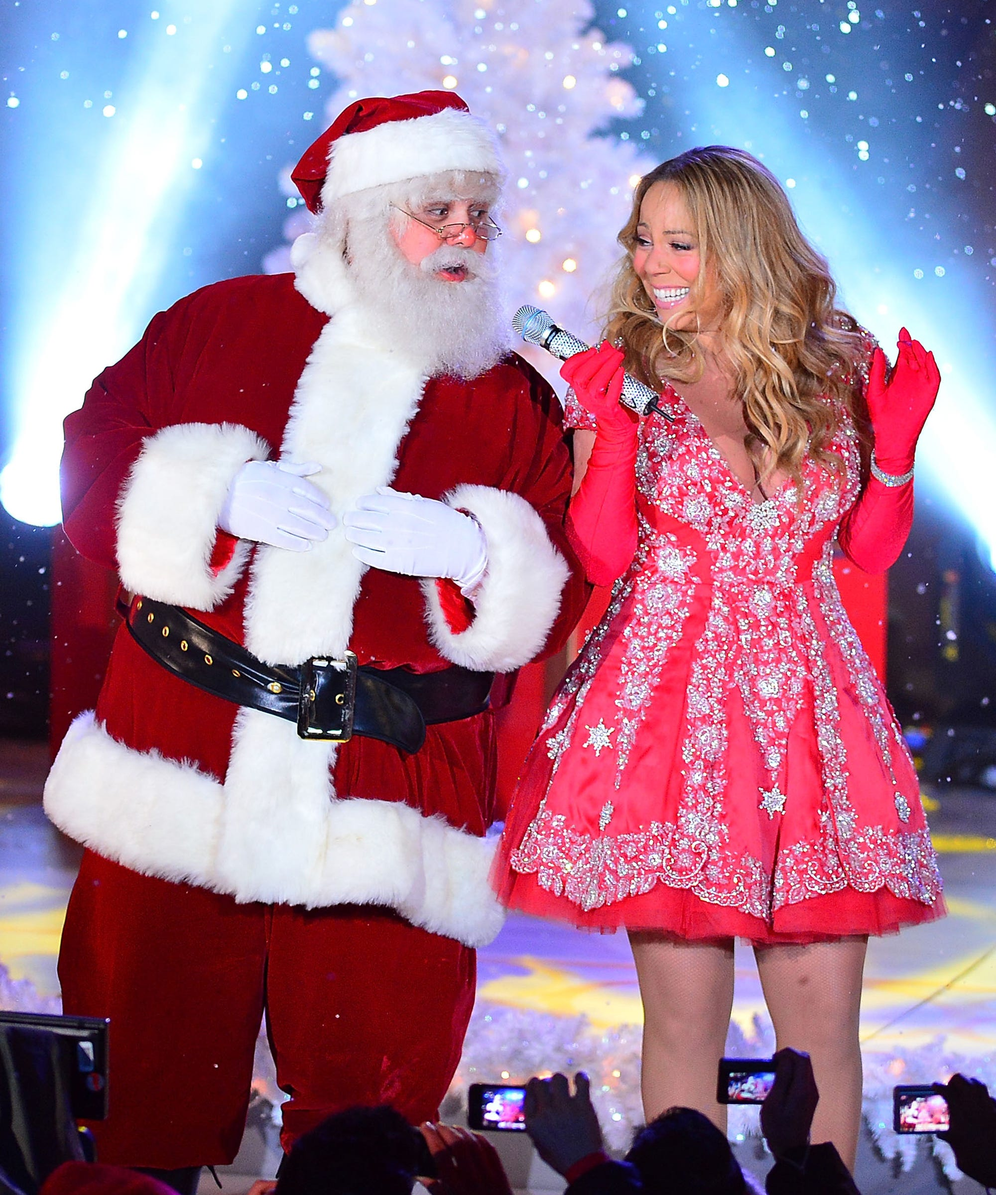 a34a752d3a2f Pop Christmas Songs, Best Holiday Music Popular Covers