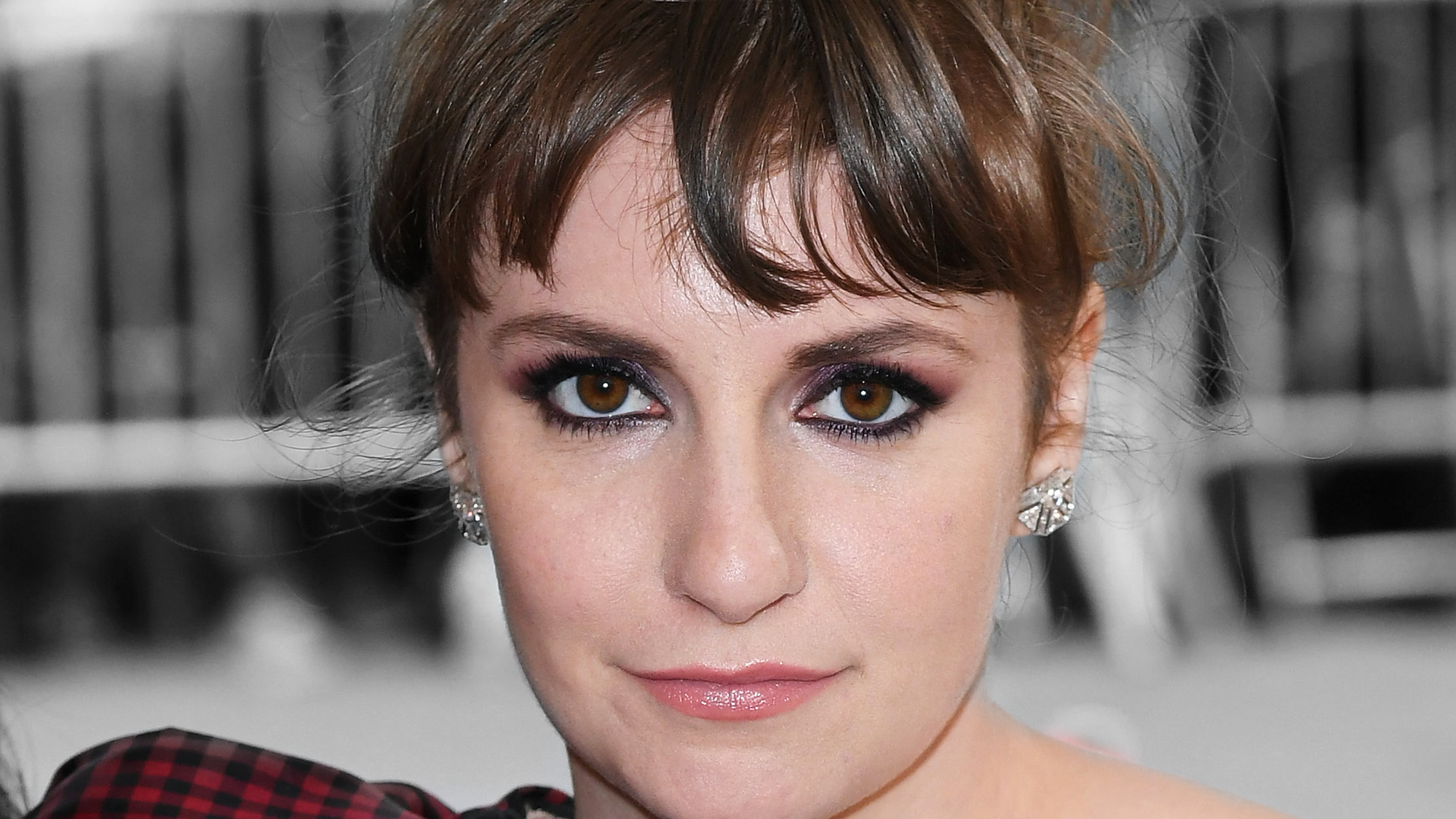 Lena Dunham Haircut Short Buzz Cut Celebrity Trend