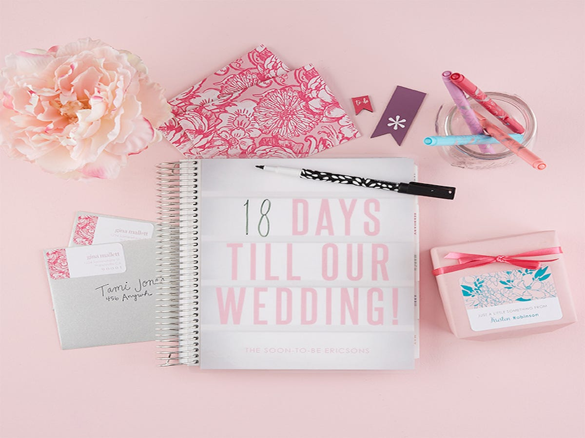 21 Books That Make Wedding Planning Feel Effortless