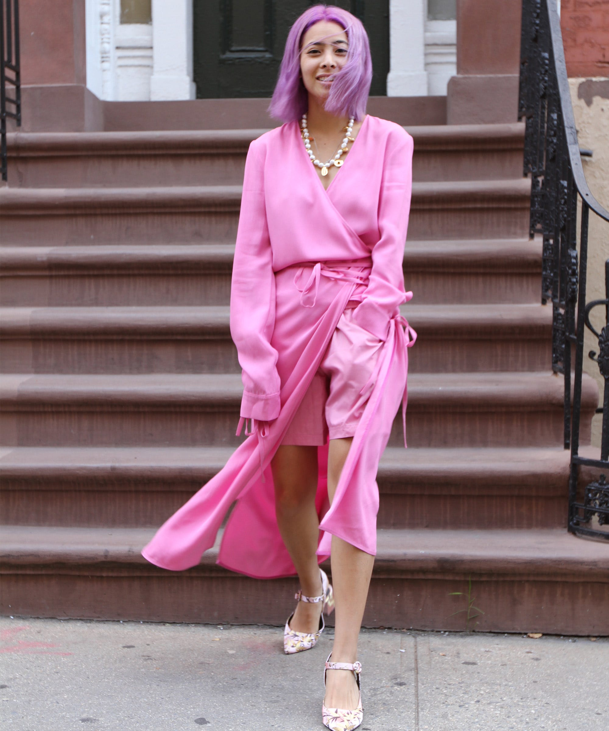 Leandra Medine Shares Her Necklace Layering Tips