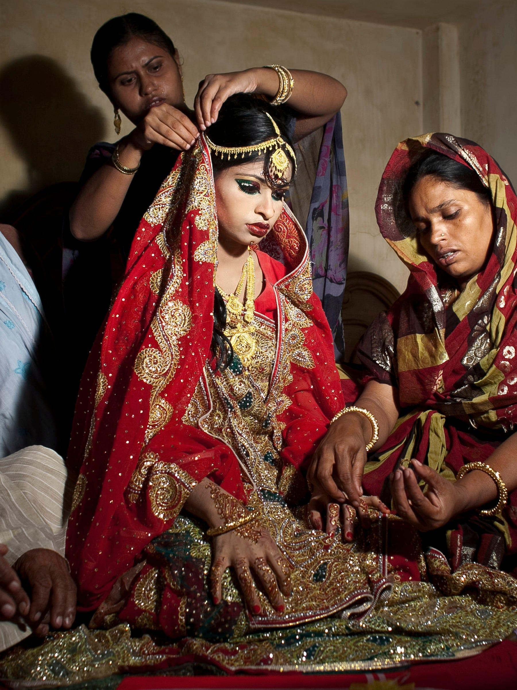 Www Husbandwifesex Good bangladesh child marriage wedding photos