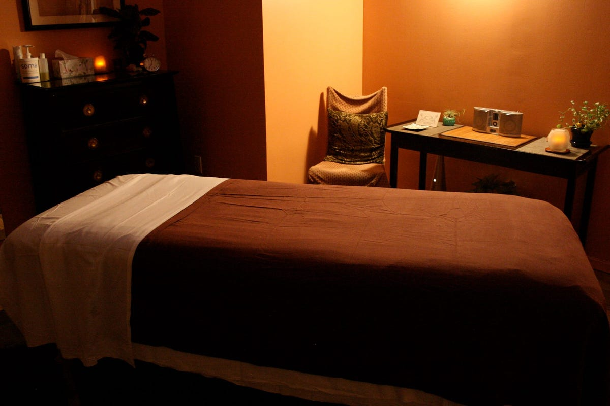 NYC Spas- Massages, Facials, Manicures, Scrubs