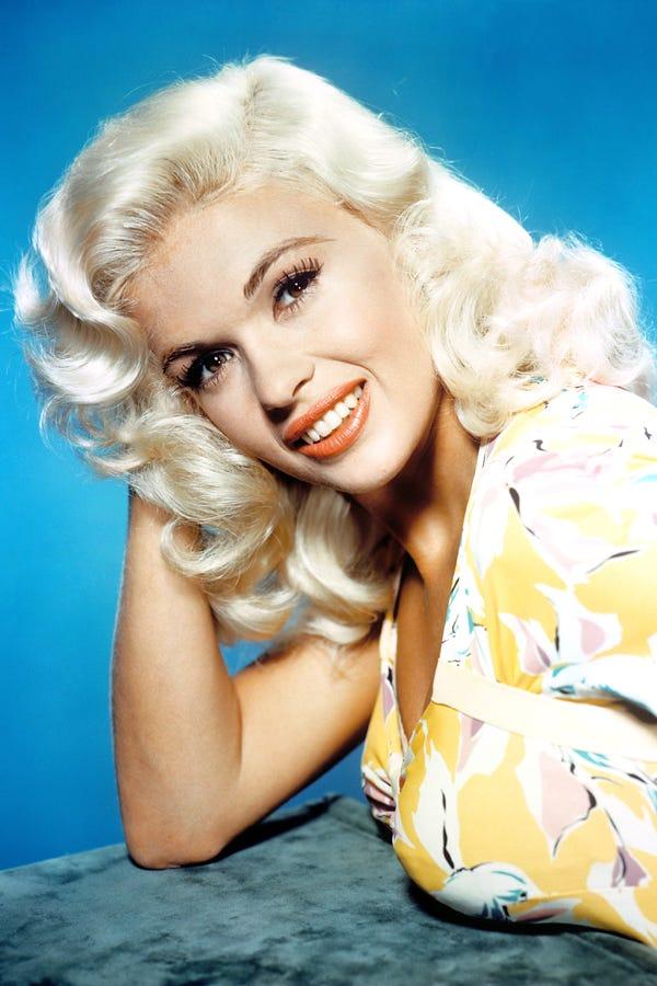 amazing-teen-blonde