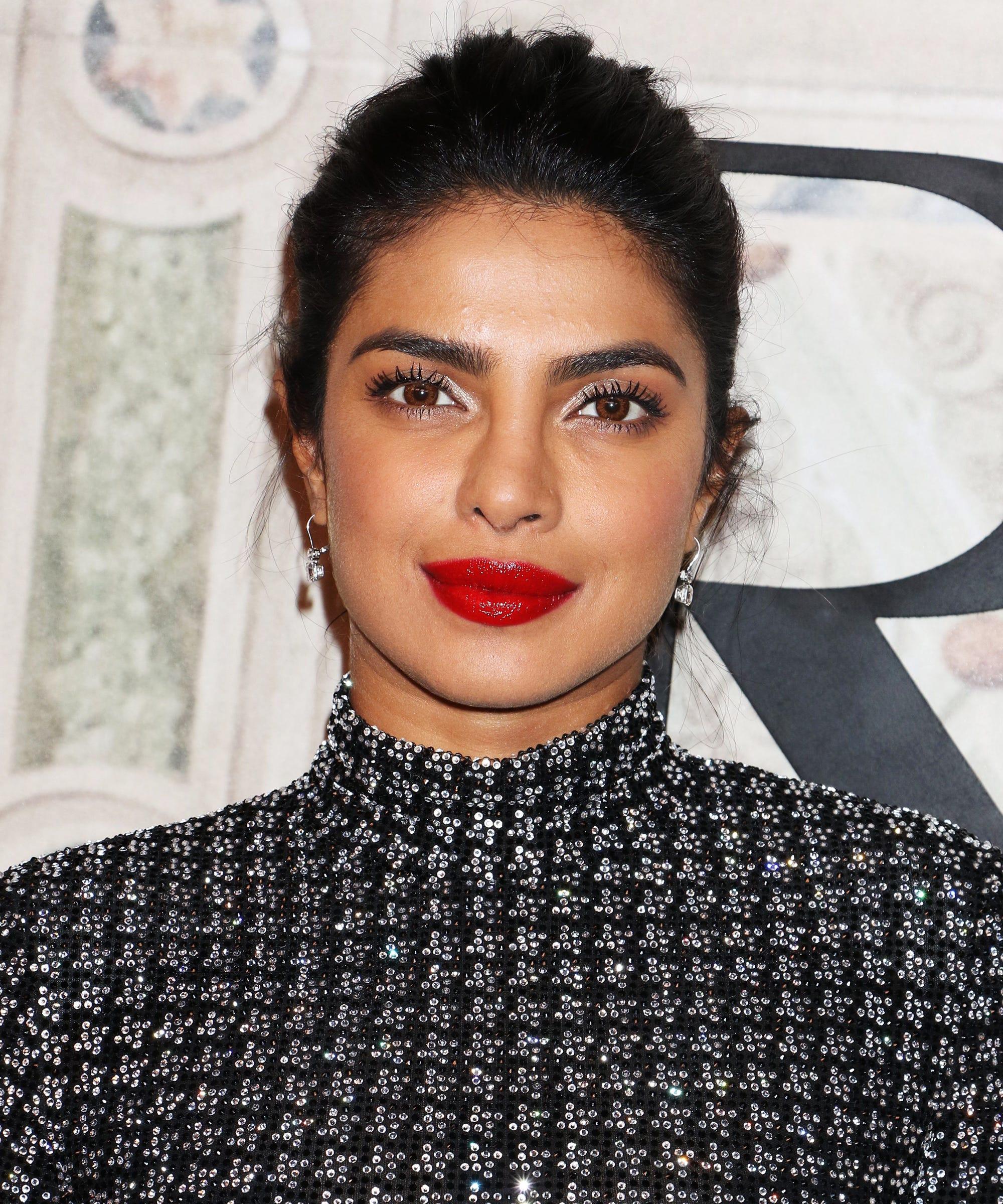 a7e59d0469e3 Priyanka Chopra s Makeup Artist Shares Her Bridal Beauty Tips