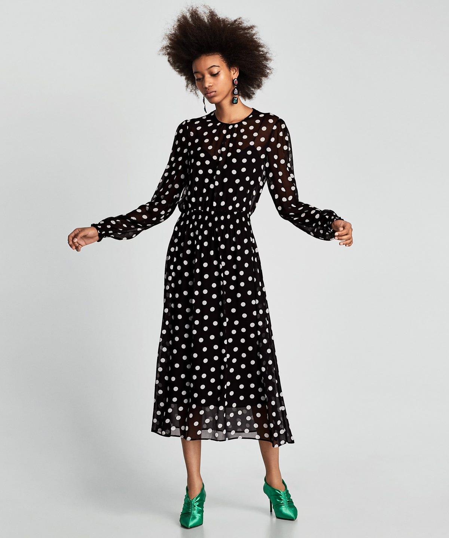 35d62993 Cute Ways To Wear The Polka Dot Trend Winter 2018