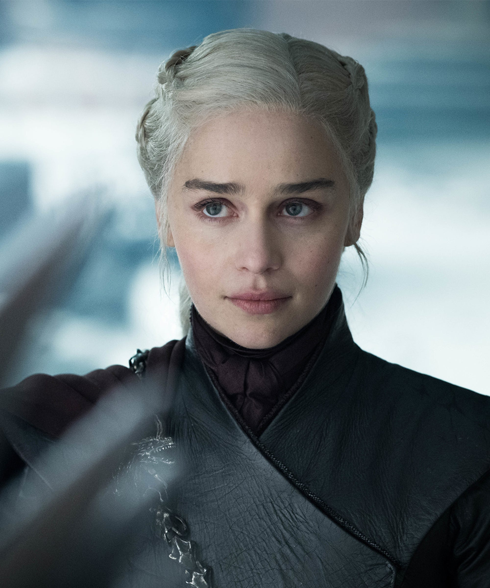 A Starbucks Cup, 2 Water Bottles & Dany's Style — All The Things That GoT Got Wrong In The End