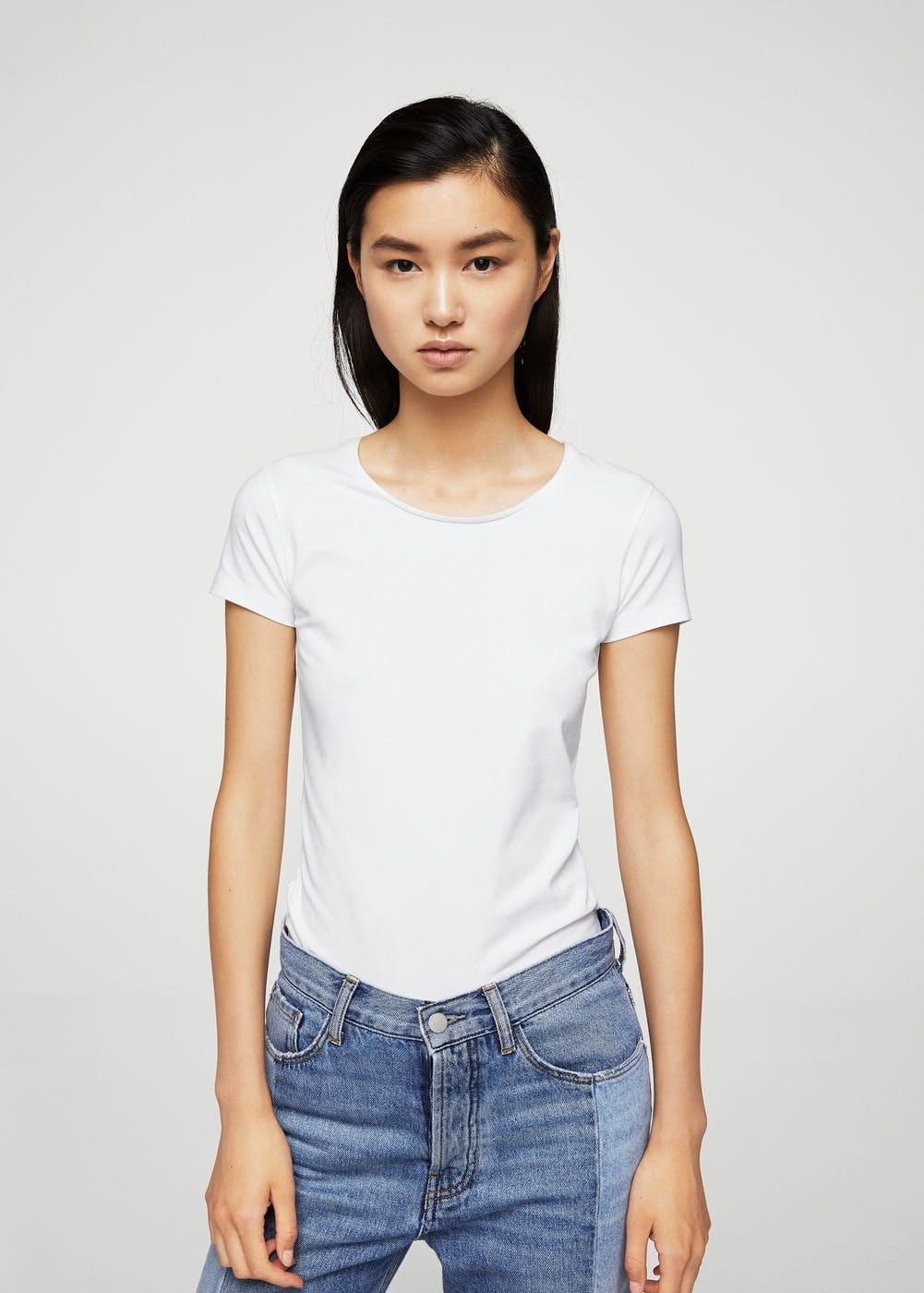 d1f8f00653c1 Best White T Shirts- Gap, Reformation, Everlane, Hanes