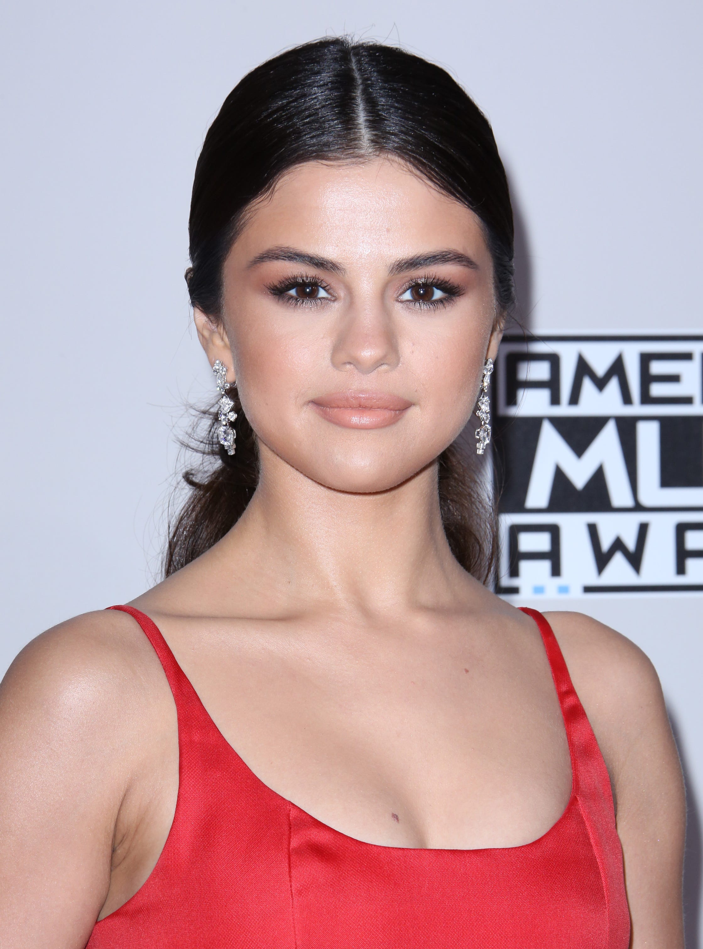 Selena Gomez Gives Birth New Movie Josh Hutcherson