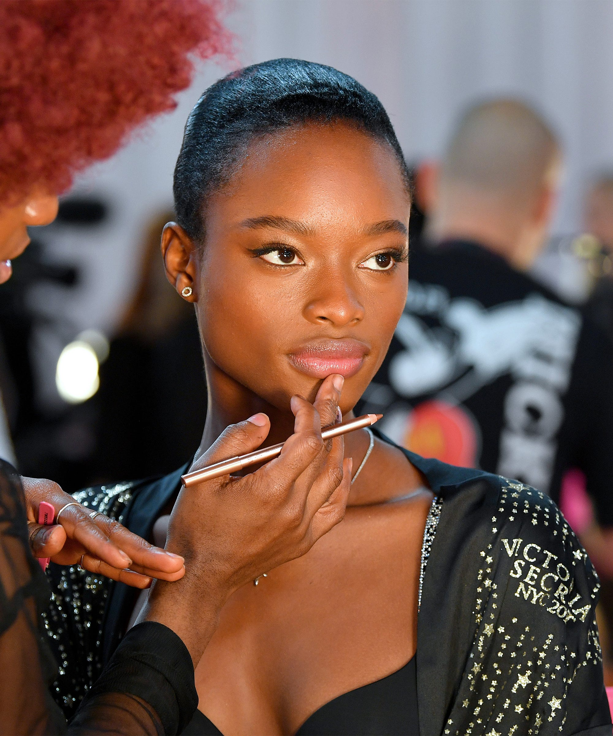 3bdac48092f How To Recreate VS Model Beauty Looks From 2018 Show