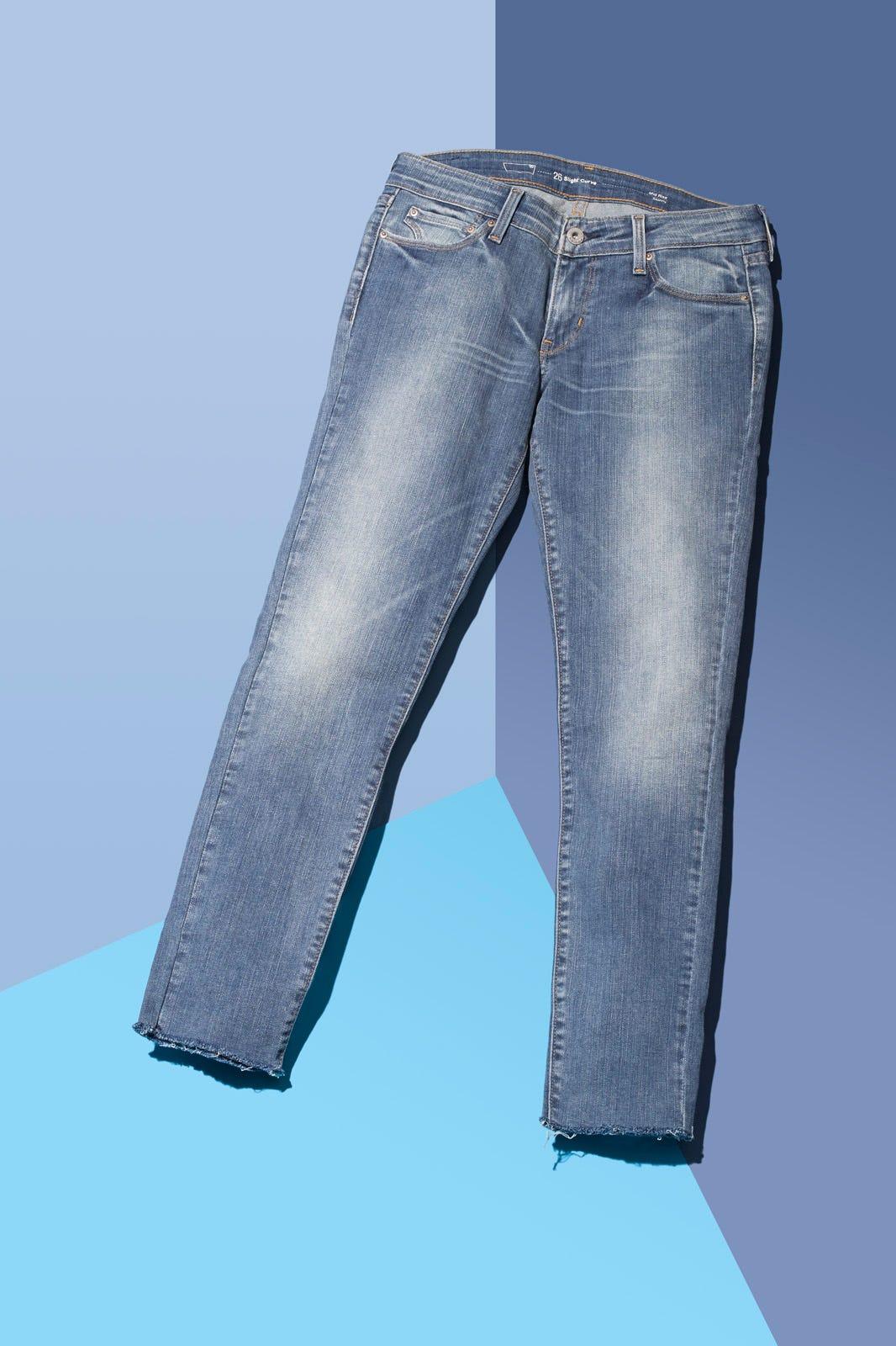 b05e52fb Frayed Hem Jeans- DIY Denim