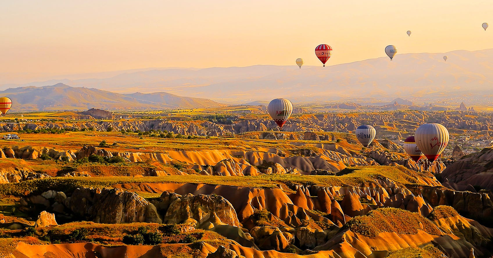 7 Incredible Hot Air Balloon Rides You'll Remember Forever