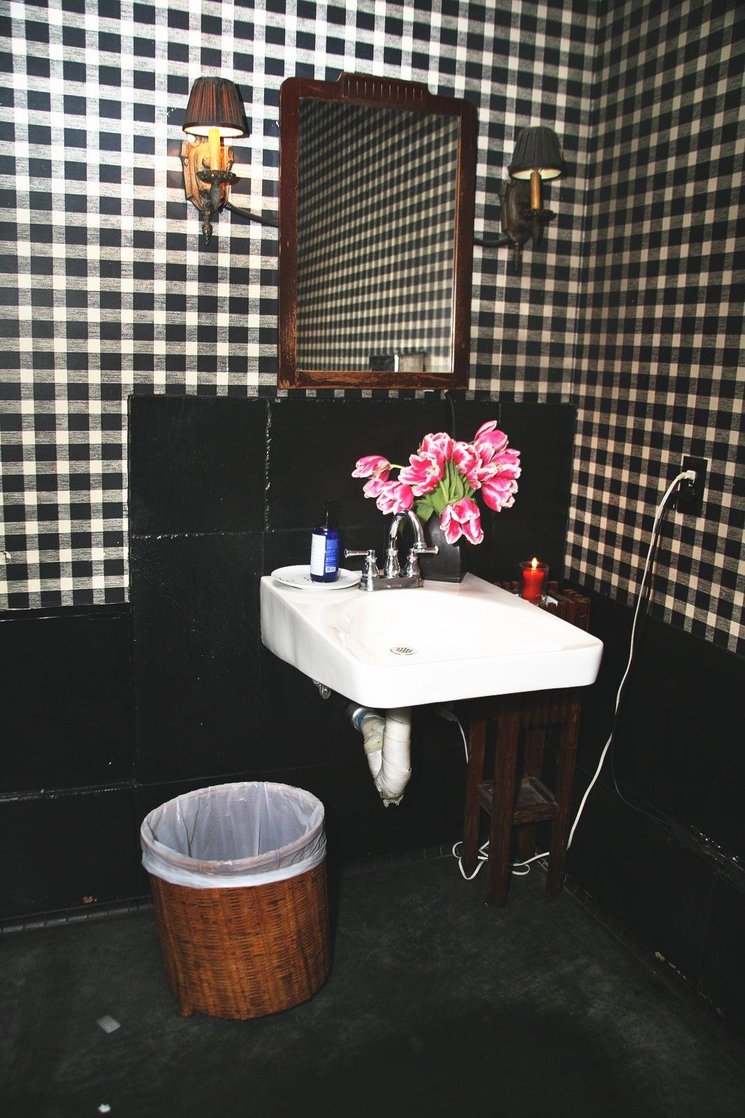 Coolest Bathrooms San Francisco Best Restaurant Bathrooms San Franci - Best-bathrooms