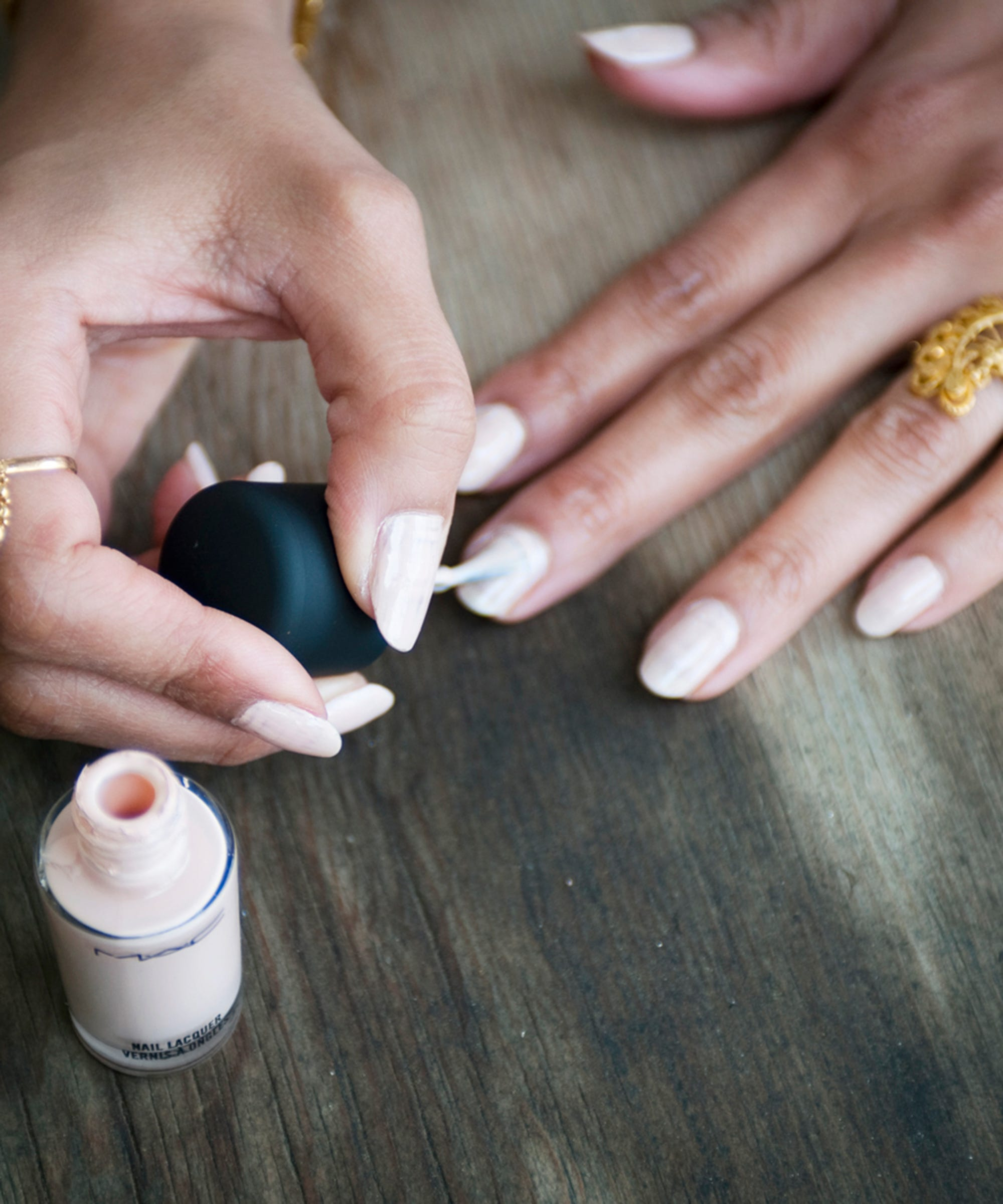 Nail Salons Warning Signs - How To Get A Good Manicure