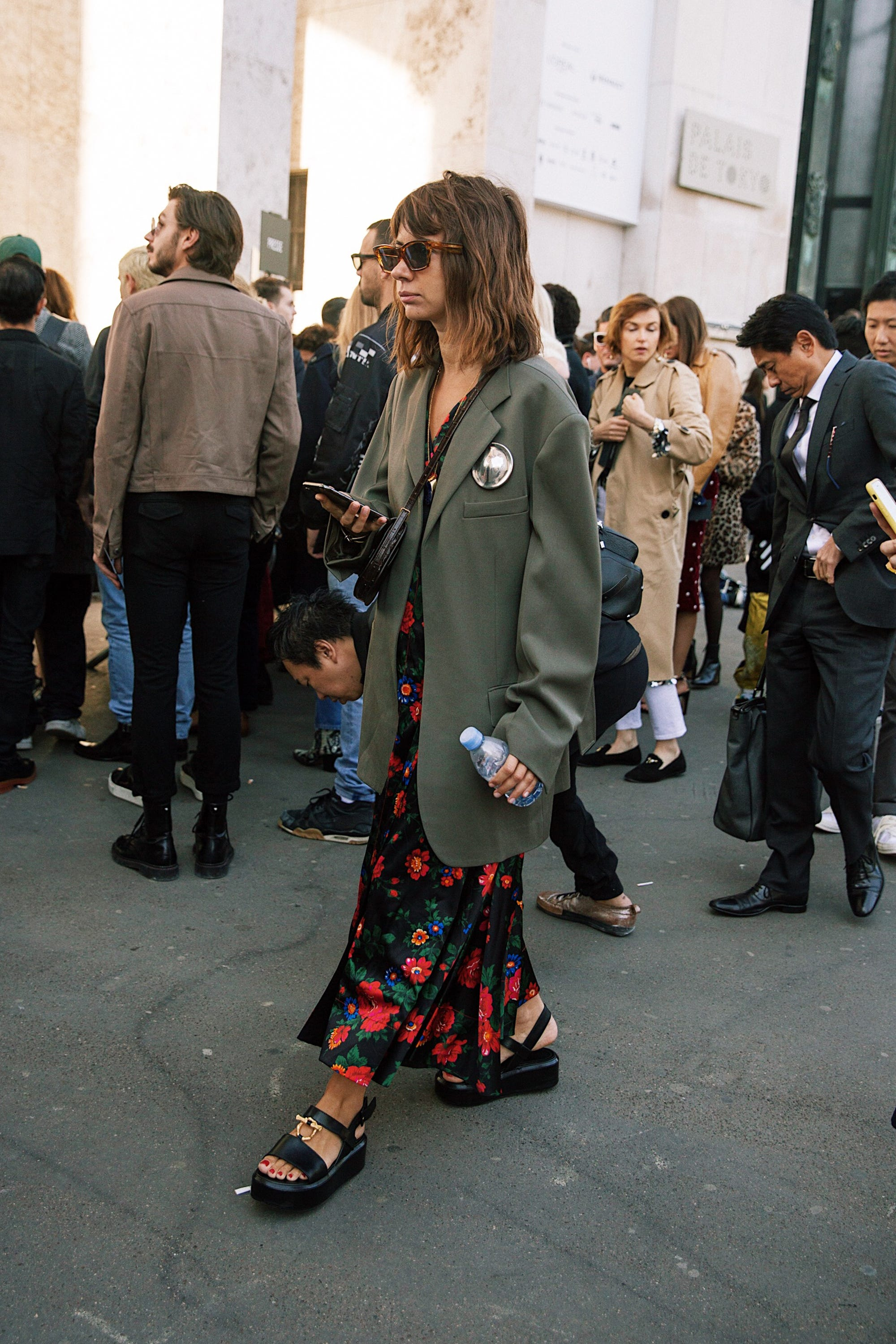 bc6d8190 https://www.refinery29.com/en-us/2018/09/210982/paris-fashion-week ...