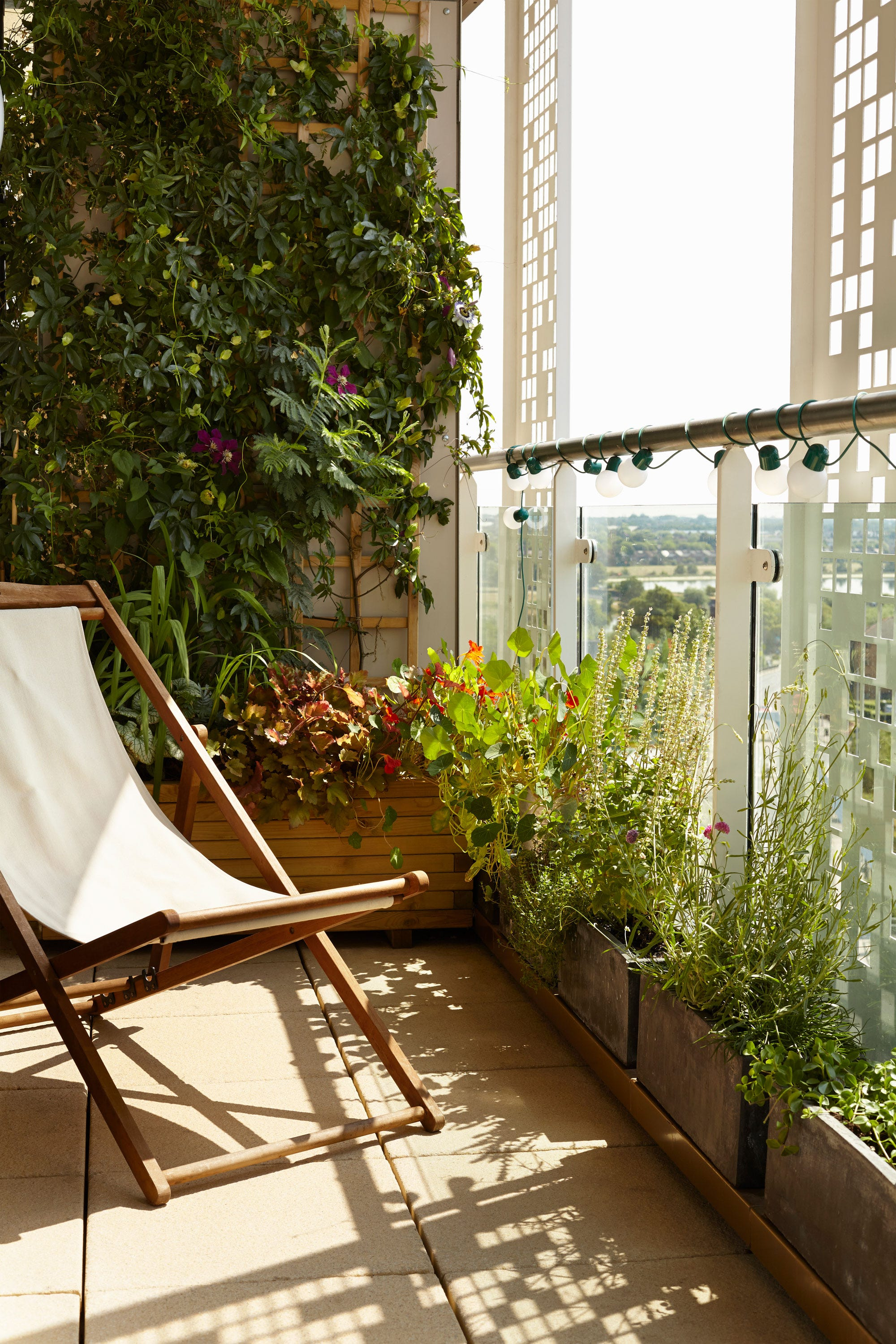 9 Payday Buys To Get Even The Smallest Outdoor Space Summer-Ready