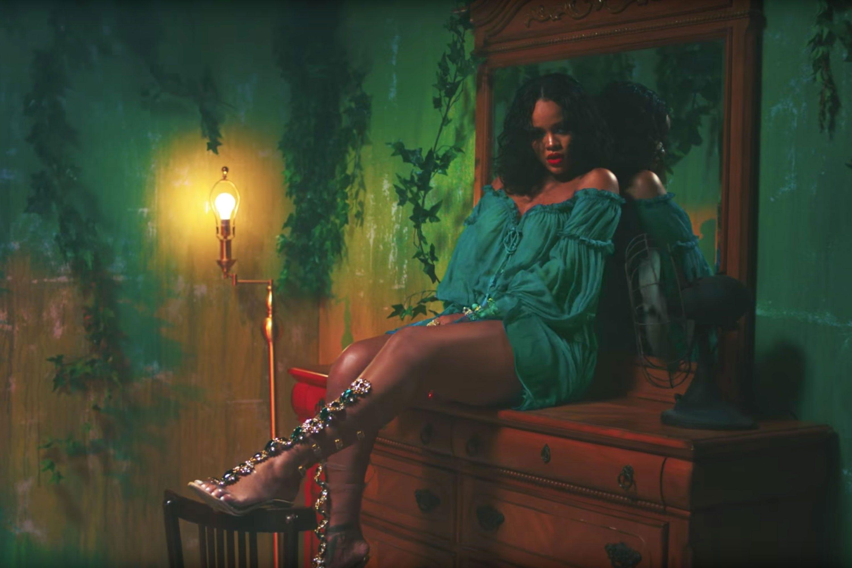21f837999e39 Rihanna Manolo Blahnik So Stoned New Shoe Collaboration