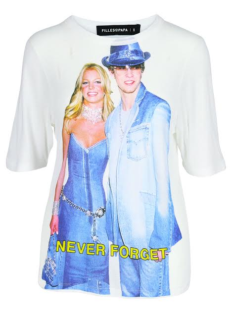 25c45798b67 Pay Your Respects To The Greatest Couple Moment Ever With This T-Shirt