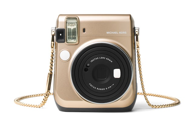 Polaroid Camera Urban Outfitters : Best camera accessories essential photography tools