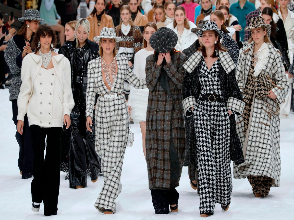 Our Favorite Moments From Karl Lagerfeld's Final Chanel Show