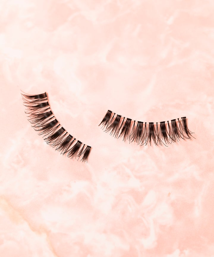 Eyelash Extensions Dangers Lashes Fall Out Horror Story