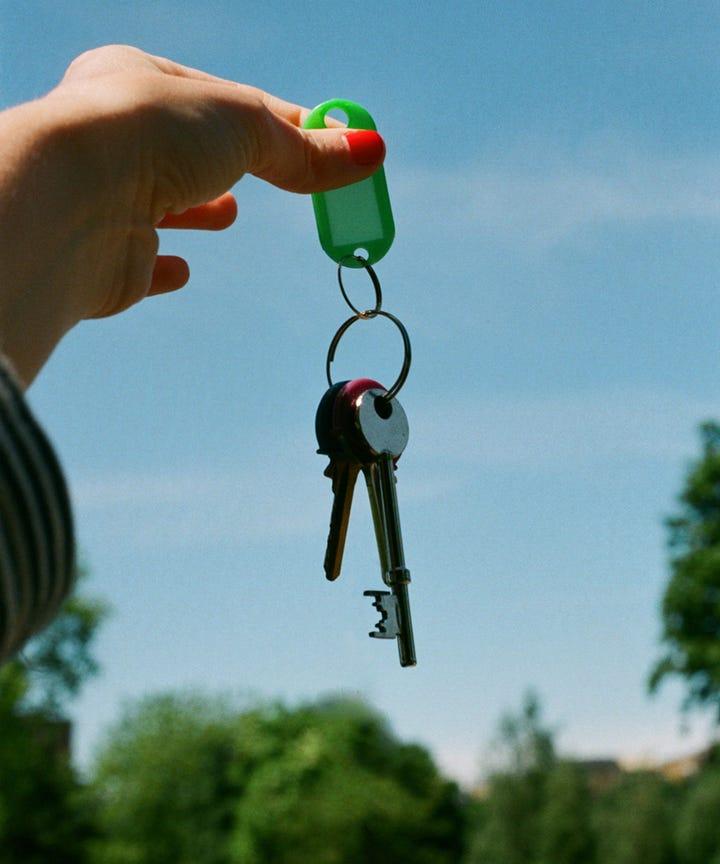 Checkliste: Tipps für die erste eigene Wohnung