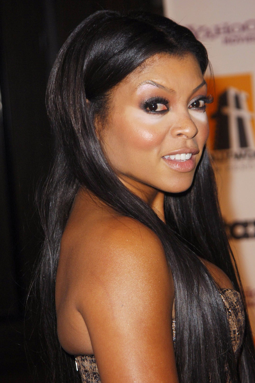 Meagan good no makeup emo makeup meagan good natural body tyra banks looks tired sans makeup the baditri Images