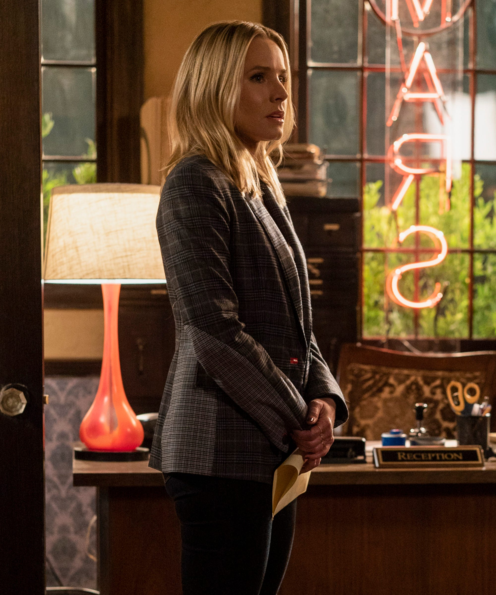 Let's Refresh Veronica Mars' Tense History With The Fitzpatricks Ahead Of Season 4