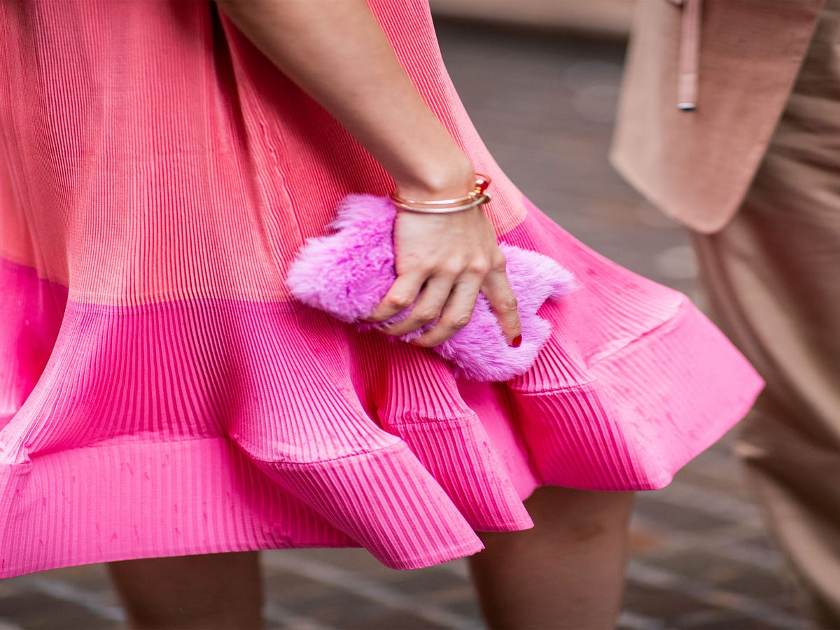 The Gradient Manicure Is This Spring s Chicest Accessory
