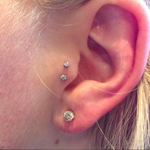 La Ear Piercing Trend Star Constellation Jewelry Photos