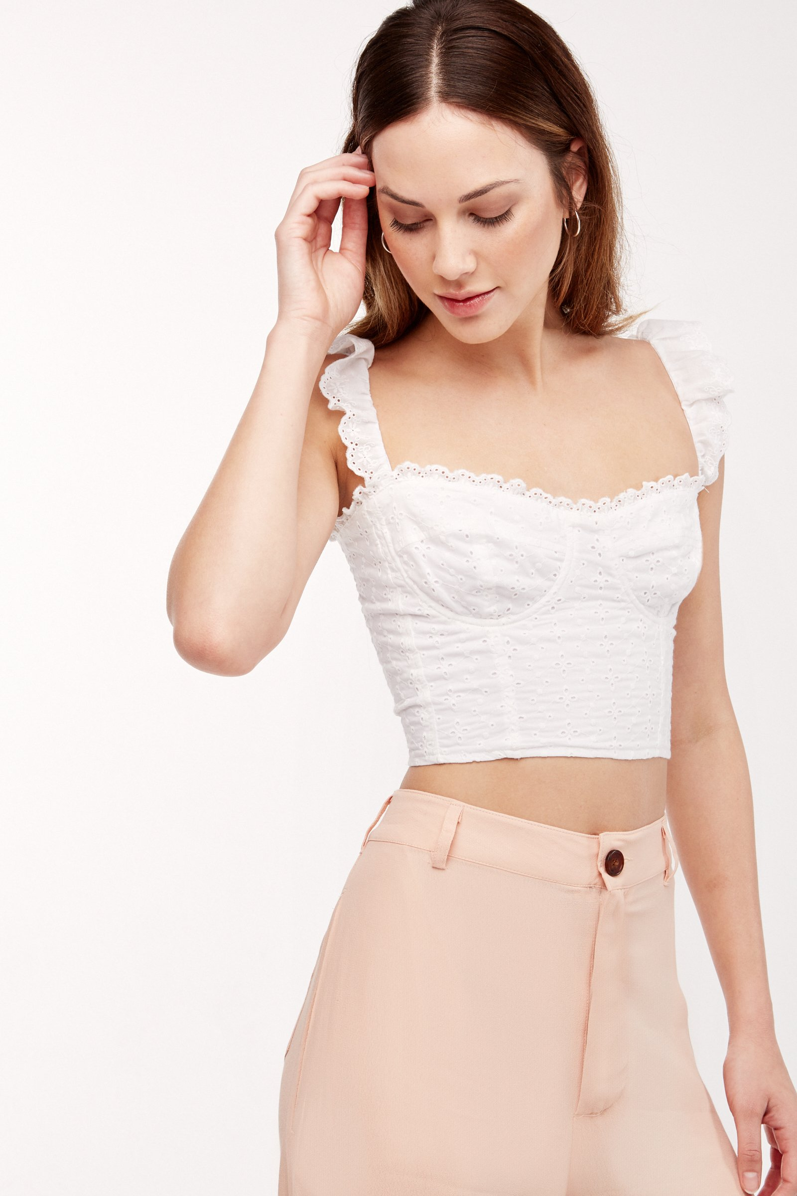 7a6aefd5b0d8e5 Best White Crop Tops & Blouses For Summer 2018