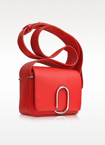 Best Crossbody Bags For Breast Shapes cf7980d50