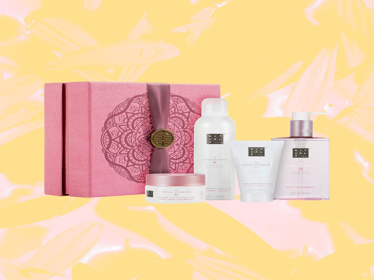 Give Mom Exactly What She Wants With These Beauty Gift Sets
