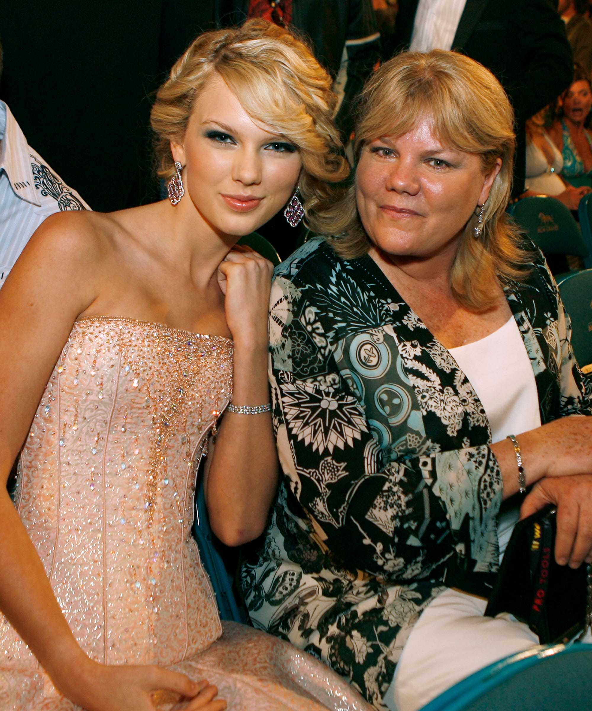 "Taylor Swift Gets Emotional On ""Soon You'll Get Better"" Over Mother's Cancer Battle"