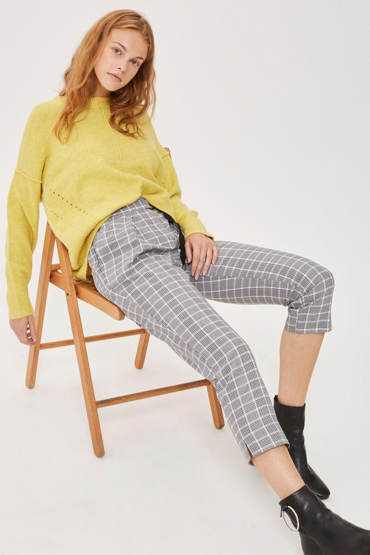8aa833cca17 Best Pants For Short Legs Petite Curvy Girls