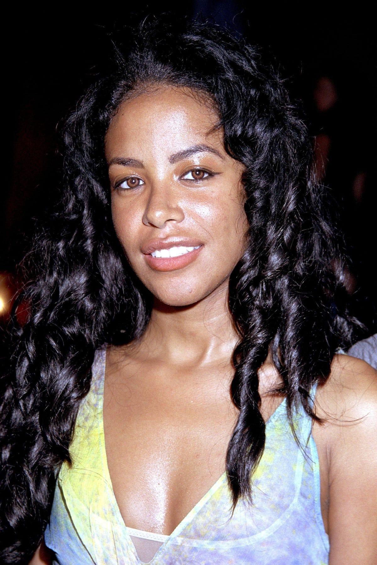 90s Female Singers - Best Nineties Music