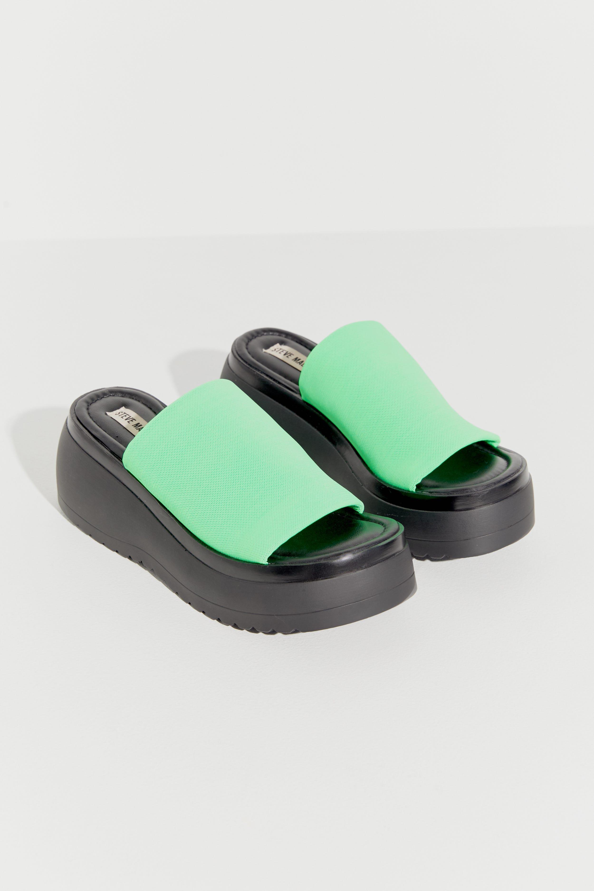 40a479fc327 Steve Madden X Urban Outfitters 90s Platform Sandals