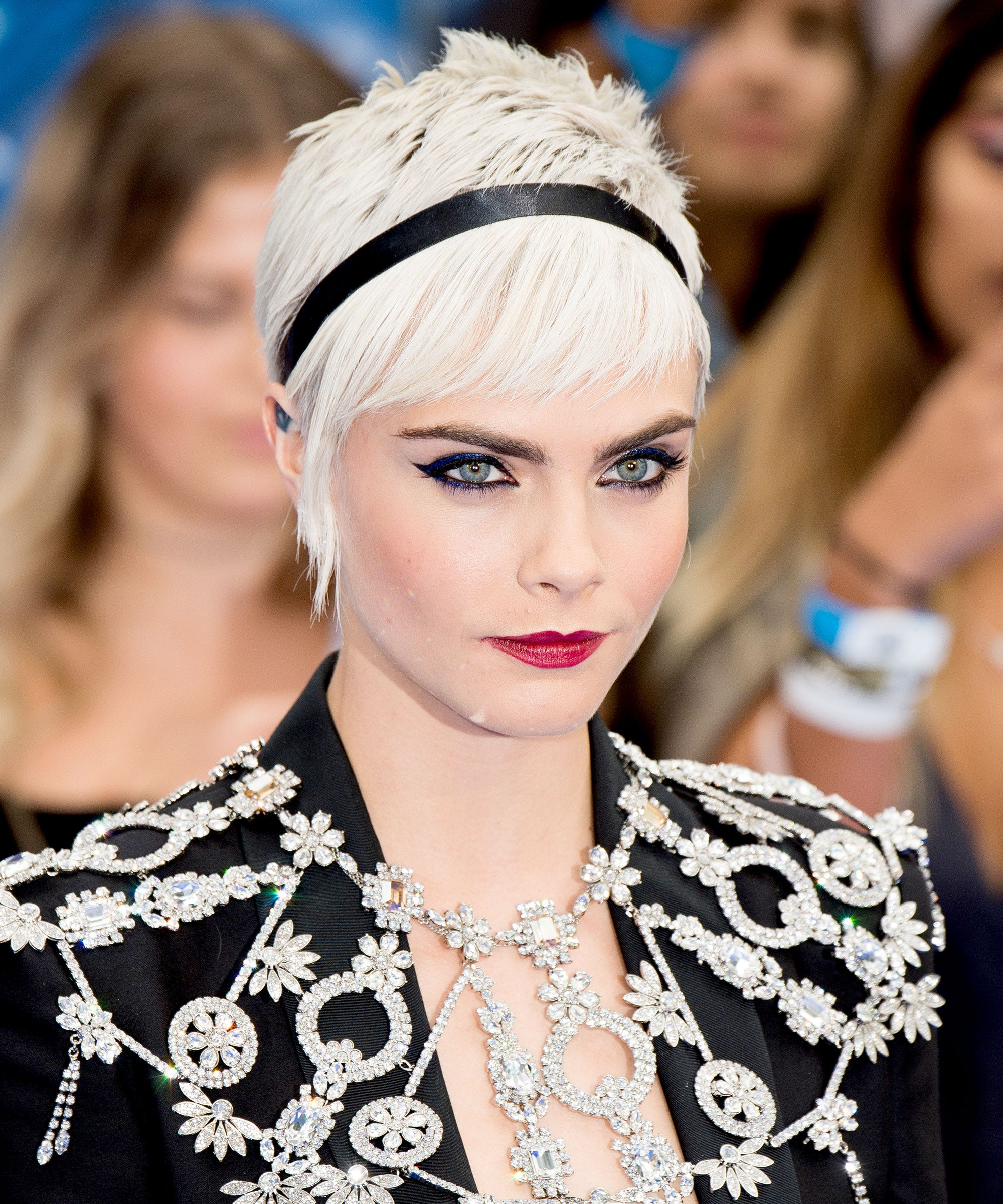 Cara Delevingne Valerian Red Carpet Short Hairstyles