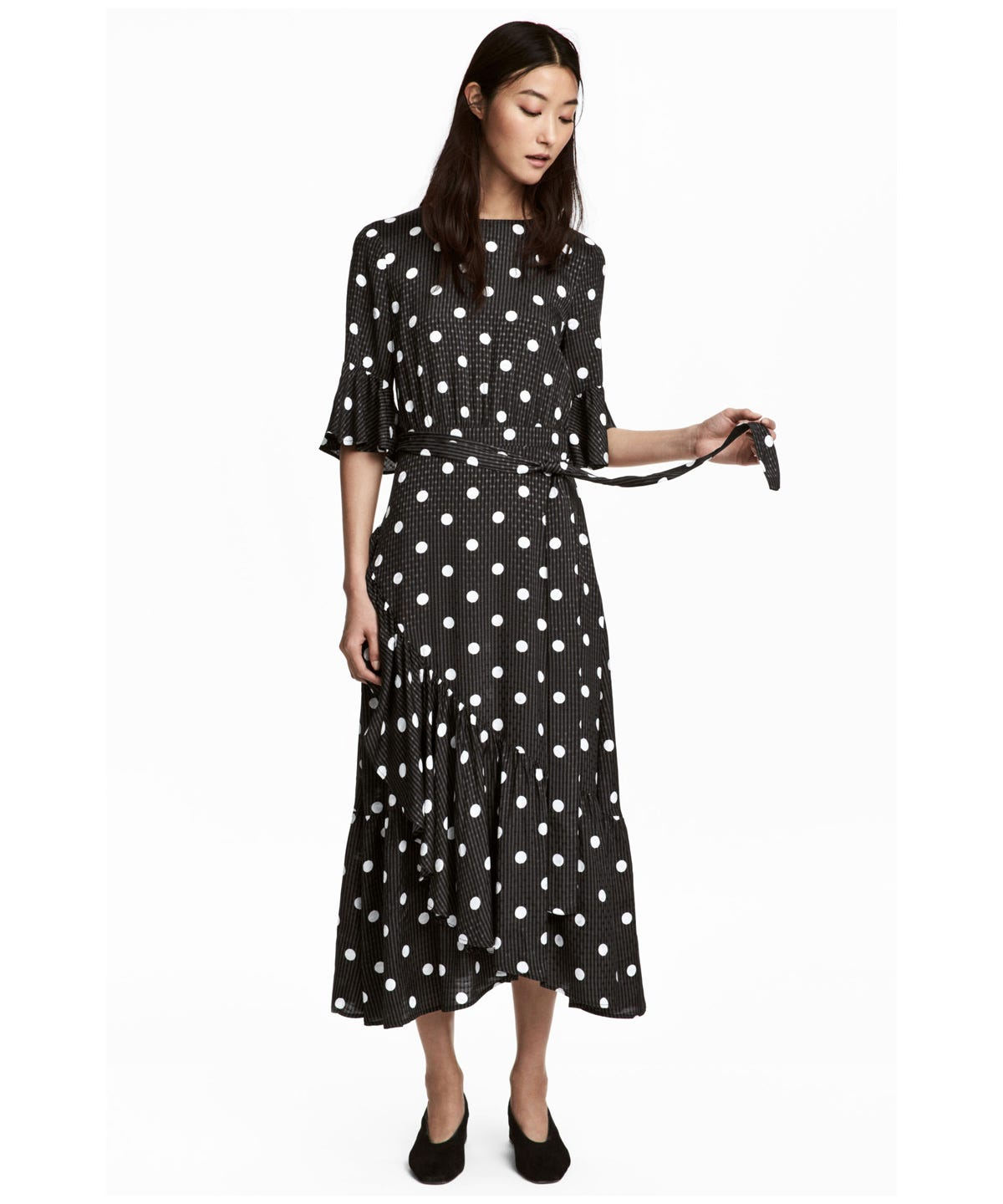 3219a1865bcf Cute Ways To Wear The Polka Dot Trend Winter 2018