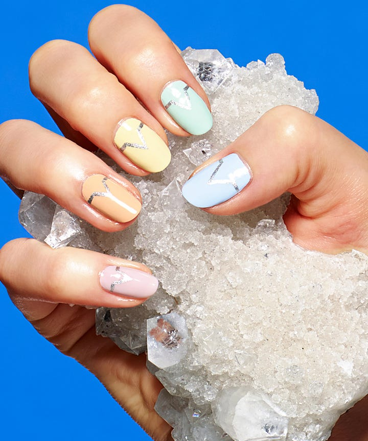 Summer 2018 Nail Art Trends That Are Minimal Chic