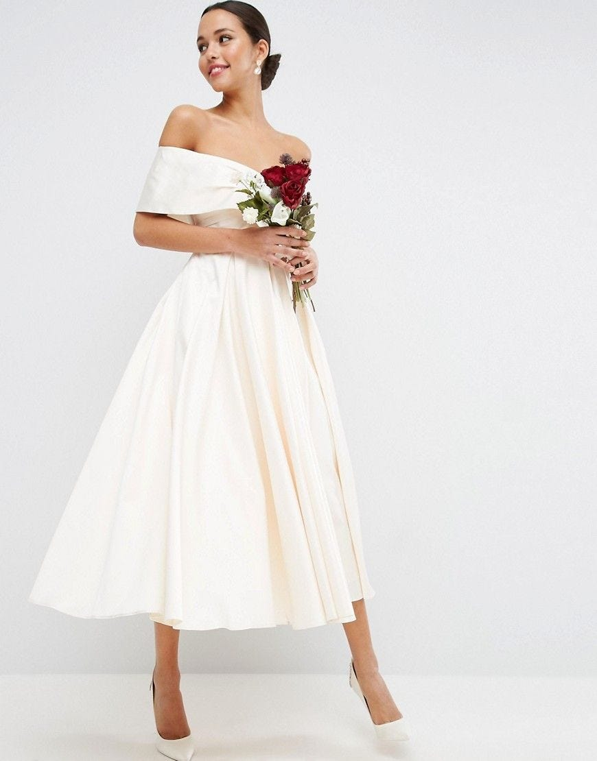 Niedlich Hochzeitskleider Unter 200 Fotos - Hochzeit Kleid Stile ...