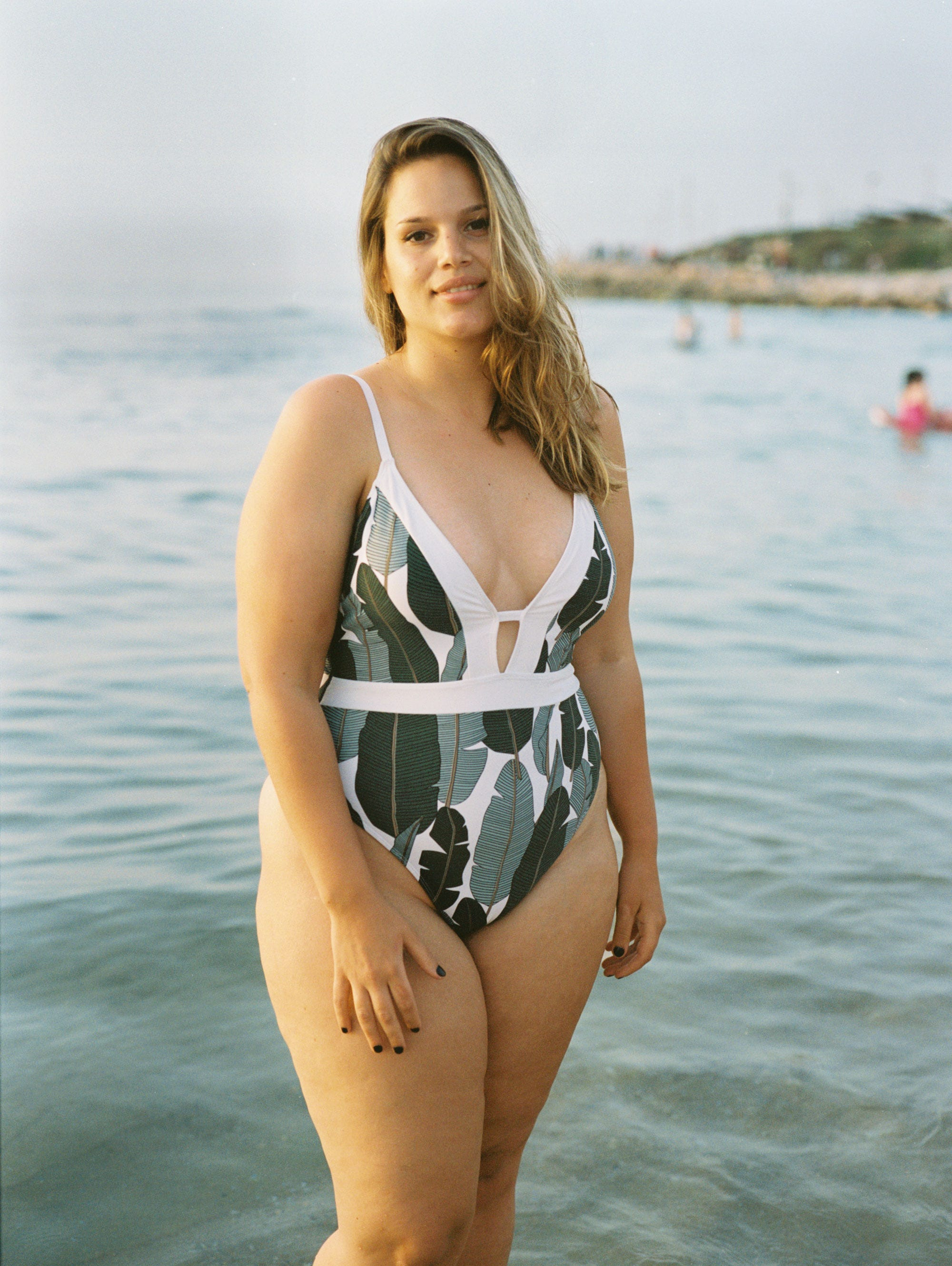 Beach Figure Female Real Photos Israeli Body Women LjSVGUzqMp