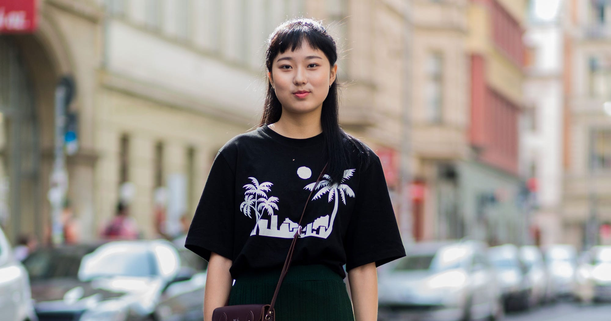179f38a68ae How To Wear Oversized T-Shirt Outfits