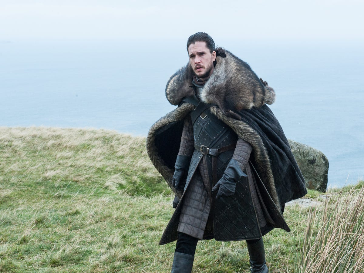Jon Snow & Daenerys Get Closer In These Photos From The Next Episode Of Game Of Thrones