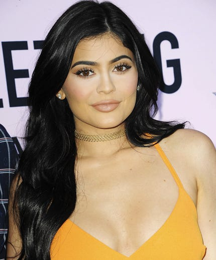 Kylie jenner fans meet up awkward interaction snapchat why kylie jenners biggest fans didnt seem that excited to meet her m4hsunfo