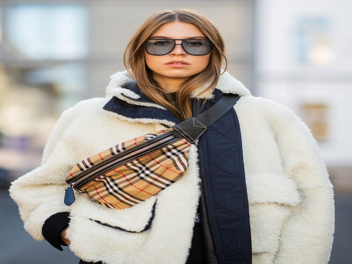 The Shortcut To Keeping Your Hair Glossy & Shiny This Winter