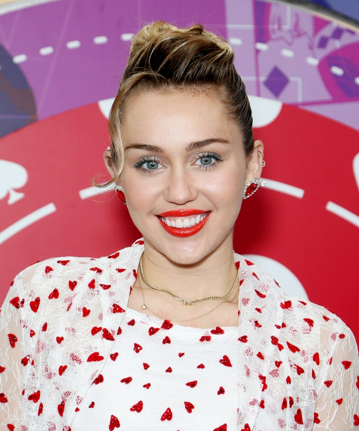 Miley Cyrus Hair Makeup Looks Glitter Red Lipstick